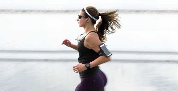 20 Best Gifts For Runners That Are Useful